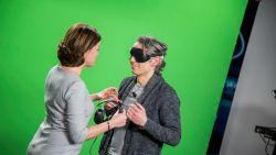 Hilarisch: dit gebeurt er als VTM-weervrouw Jill Peeters haar weerbericht uit handen geeft