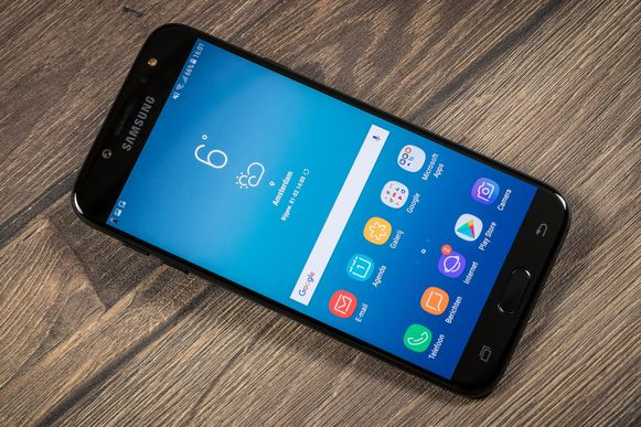 Ook het grote Samsung heeft een betaalbare middenklasser in zijn aanbod.