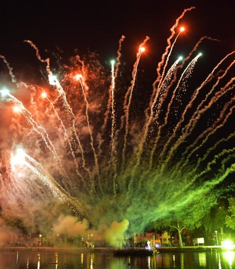Vuurwerkshow en processie sluiten Tilburgse kermis in stijl af