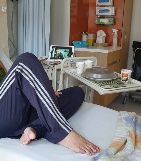 Corina (38) heeft corona: 'Ik was gezond, dacht ik, en toch word ik zo ongelooflijk heftig ziek'