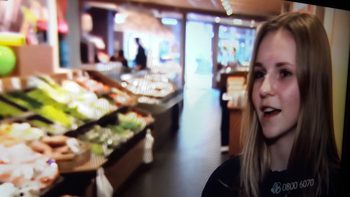 Op Bureau Brabant vertelde deze winkelhulp maandagavond haar verhaal over de overval op groentezaak Kanters in Schijndel.