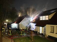 Almkerker krijgt eerst celstraf en dan therapie na in brand steken van het huis van zijn moeder
