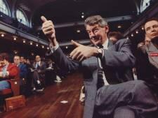 Waarom was Wim Kok zo argwanend en nors? Nieuwe biografie geeft antwoorden