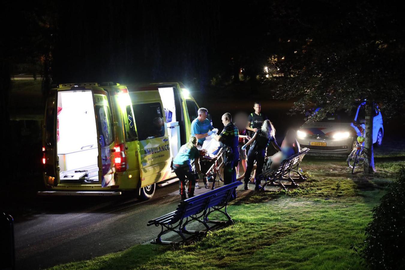 Een man raakte vrijdagavond ernstig gewond bij een geweldincident in het Musispark in Arnhem.