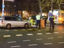 Voetganger gewond door aanrijding bij kruising Koningskade
