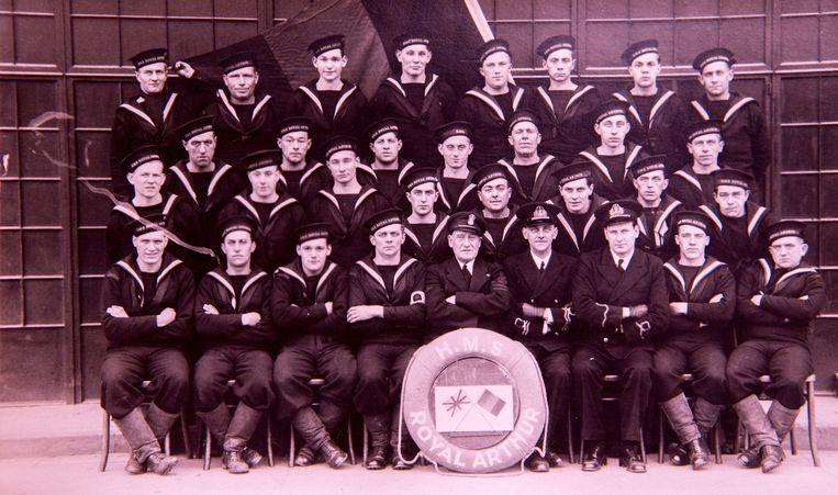 De eerste groep Belgen bij de Engelse Marine.