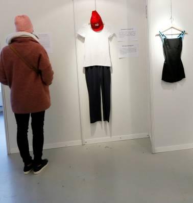 Deze tentoonstelling toont wat slachtoffers van verkrachting droegen: 'In principe maken kleren niets uit. Maar het hangt er natuurlijk van af'