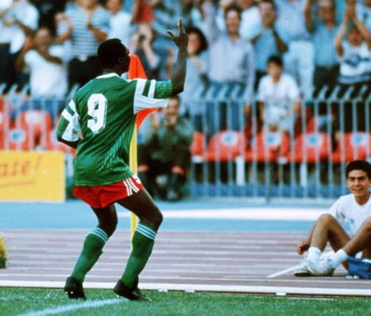 Roger Milla vierde zijn goals altijd bij de cornervlag met een gepast dansje