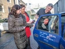 Hannekes wens is vervuld: ook Jonnies krabbel staat nu op haar Zwolle-auto