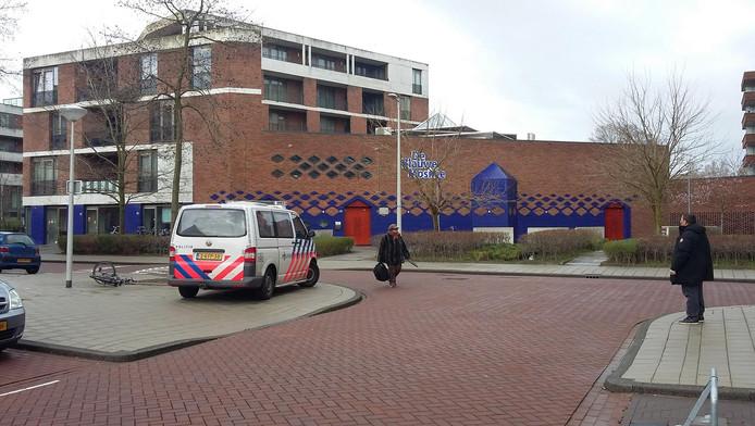 De Blauwe Moskee wordt door politie beveiligd