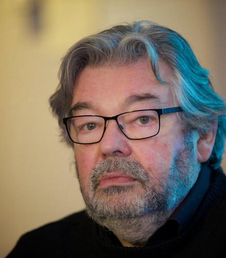 Maarten van Rossem geeft lezing in De Bond in Oldenzaal