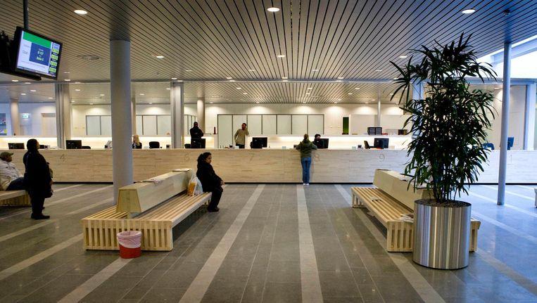 Interieur stadsdeelkantoor Oost Beeld Floris Lok