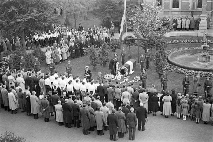 Dodenherdenking, 1950 in Oss.