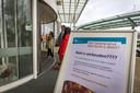Informatiebord bij de ingang van Ziekenhuis Rivierenland
