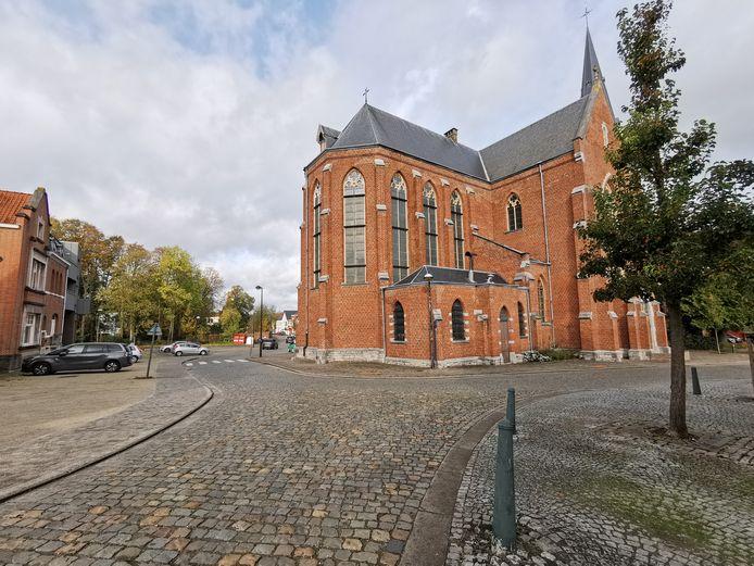 De Kerkstraat wordt ook onder handen genomen en wordt nadien opnieuw heraangelegd zoals nu.