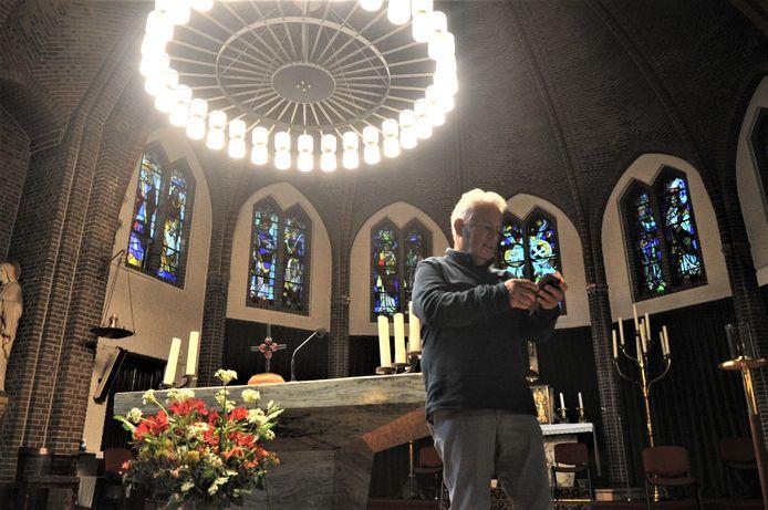Eric Vacquier Droop in de Onze Lieve Vrouw ten Hemelopnemingkerk. Deze kerk is in Renkum beter bekend als de Mariakerk.