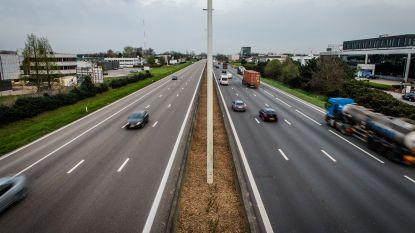 IN KAART. In welke provincie hebben autobestuurders de zwaarste voet?
