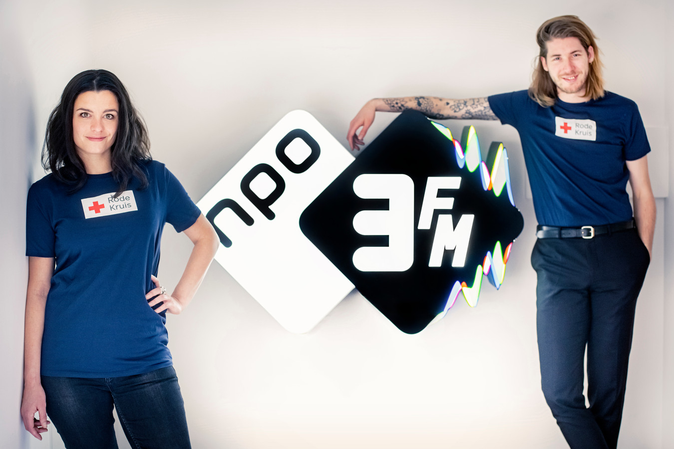3FM-dj's Eva Koreman en Frank van der Lende.
