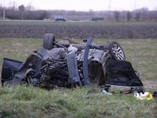 Auto ondersteboven bij ongeluk Zoutelande, bestuurder gewond