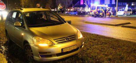 Motorrijder raakt gewond na botsing met auto in Mariënheem