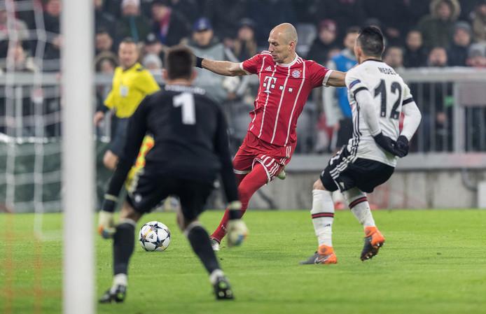 Arjen Robben doet morgen niet mee tegen Besiktas.