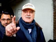 John Cleese ruziet met Amerikanen over gestegen wapenverkoop door corona