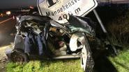 Jonge bestuurder (22) overleden na zwaar ongeval op E40: andere bestuurder pleegt vluchtmisdrijf