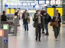 Zorgen om 'lakse' Nederlanders met klachten: 'Kan weer strengere maatregelen betekenen'