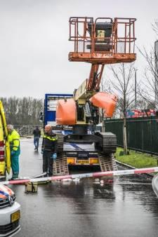 Fatale val van heftruck Dodewaard en hoogwerker Wijchen: inspectie turft meer ongevallen op het werk