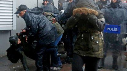 Turkse politie slaat protest naar aanleiding van Wereldvrouwendag uit elkaar