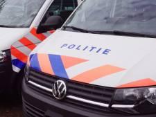 Zoveel aanhoudingen verrichtte de politie in Gouda en zo groot was de groep relschoppers gisteravond