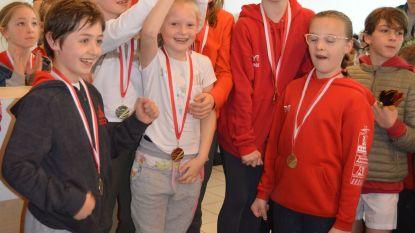 Klein Seminarie wint scholenzwemwedstrijd
