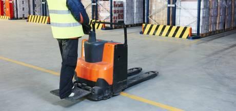 Stagiair (15) verloor twee tenen tijdens het orderpicken: 20.000 euro boete voor werkgever