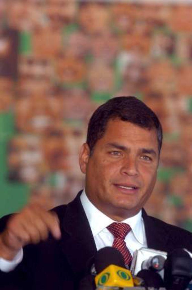 De Ecuadoraanse president Rafael Correa zoekt steun in zijn conflict met Colombia.