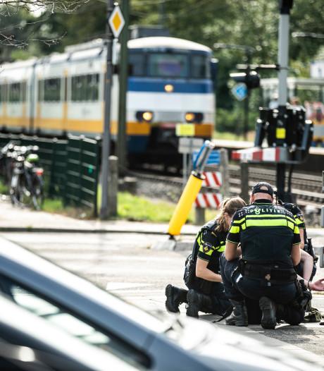 Verwarde jongeman zorgt voor lichte paniek op station Rheden