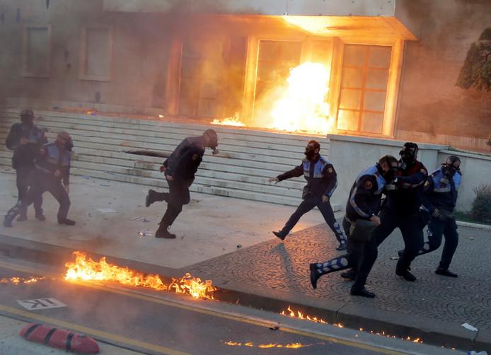 De protesten in de Albanese hoofdstad Tirana.