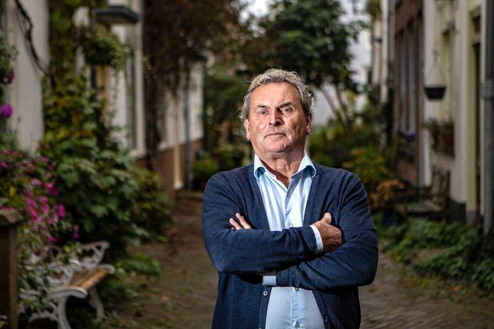 Dichter Fredde Förch woont middenin de oude binnenstad van Deventer.