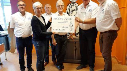 Wielervereniging KWC Erpe Sportief schenkt 1.680 euro aan kinderkankerfonds UZ Gent