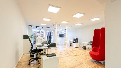 Designer uit 'Stukken van Mensen' richt nieuw kantoor van Heylen Vastgoed in