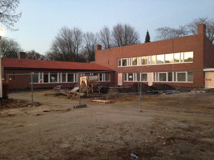 Start woningverkoop voormalig gemeentehuis Berkel-Enschot.