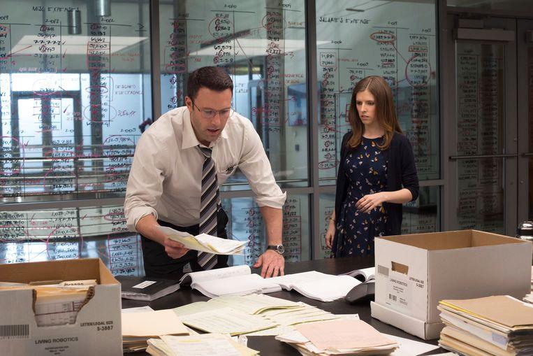 Ben Affleck en Anna Kendrick in The Accountant (Gavin O'Connor, 2016). Beeld AP