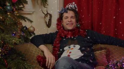 De maffe kerstsingle van Hans Teeuwen