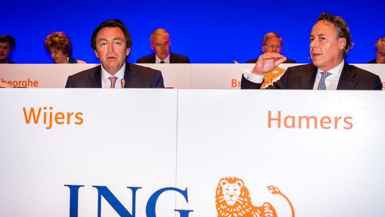 Bestuursvoorzitter Ralph Hamers (R) en president-commissaris Hans Wijers Beeld anp