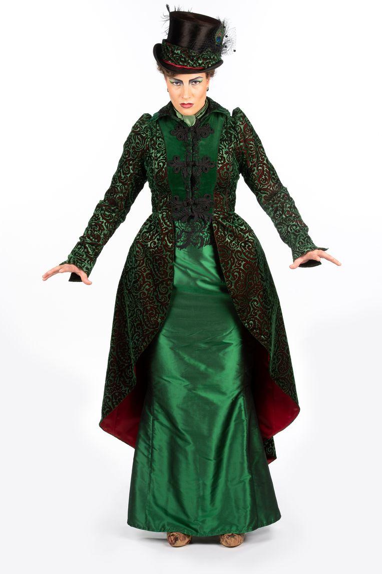 Isabelle Heremans als 'boze stiefmoeder'.
