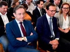 Fini le flirt entre la N-VA et le VB: Bart De Wever invite uniquement l'Open Vld, le CD&V et le sp.a