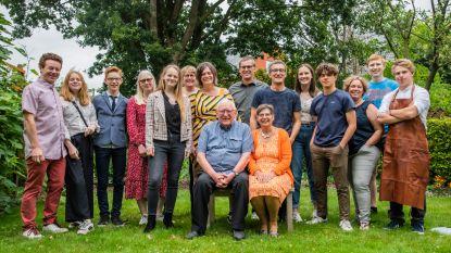 Wim en Arlette vieren jubileum ondanks corona: kleinkinderen zorgen voor verrassing