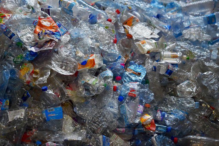 Een van de voorstellen draait om een plastictaks: hoe slechter EU-landen hun recycle-systeem op orde hebben, hoe meer ze aan de EU moeten afdragen. Beeld AFP