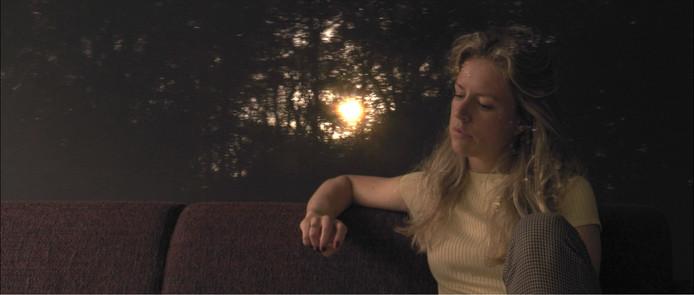 Marieke Widlak, still uit de film