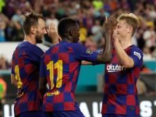 Barça klopt Napoli met invaller De Jong