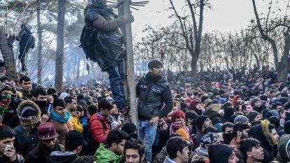 """Turkse regering: """"Al 75.000 migranten vanuit Syrië doorgelaten naar Europese Unie"""", alertniveau aan grens opgetrokken"""